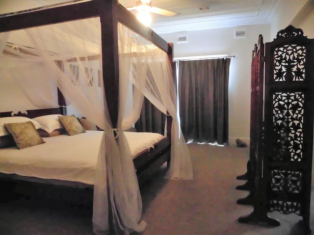 The Cedar B & B Angkor Suite