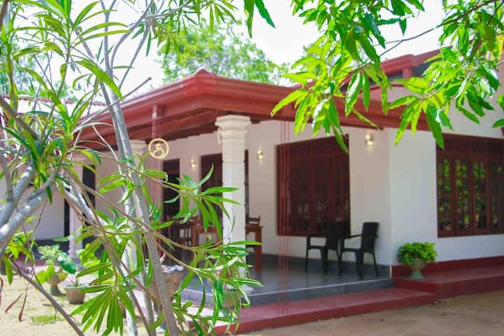 Comfy Budget Room Near Sigiriya Rock