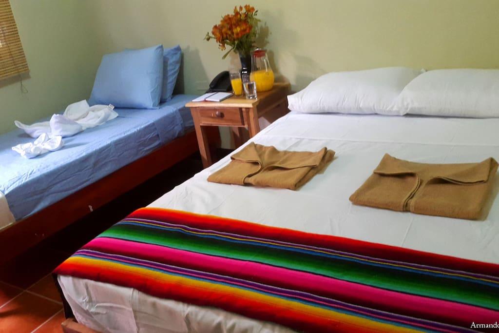 Habitacion Ambiente Familiar Of Habitaci N Triple Full Con Ambiente Familiar Bed And