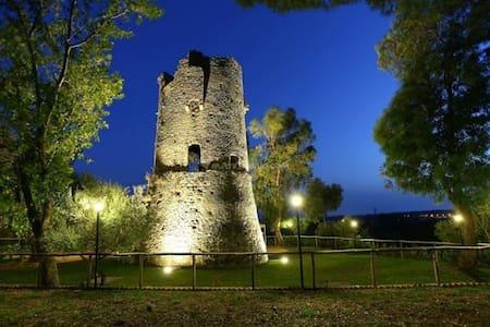 Relax nella natura all'ombra della Torre Normanna - Gizzeria - Bungalow