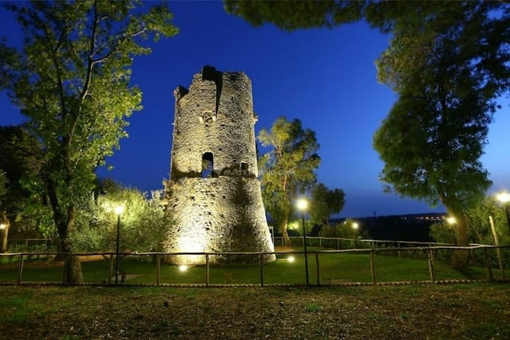 Relax nella natura all'ombra della Torre Normanna