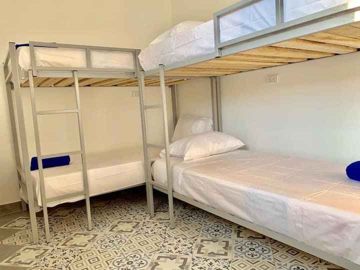 Cartagena, habitación privada para 4 personas