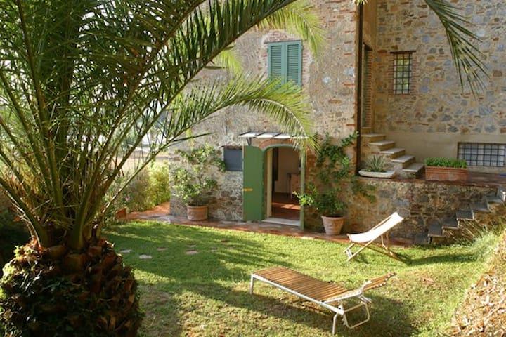 Antica villa di campagna - Camaiore - Apartment