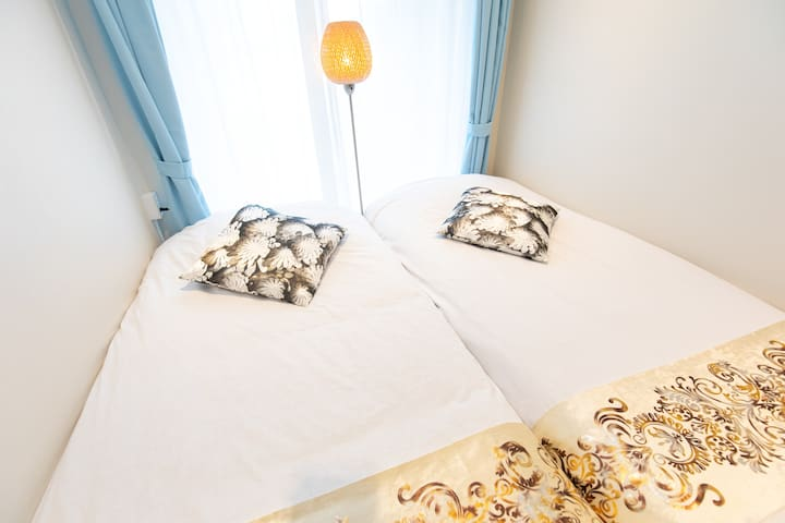 7min walking to Ginza! Twin bed Room!! 4-3h