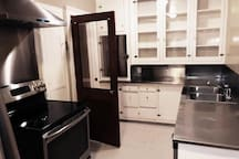 Upscale Downtown Eugene Apartment