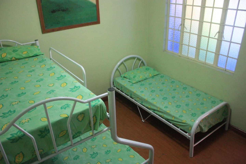 Pansol Private Pool 3k - Piscina de jillen private resort houses for rent in calamba calabarzon philippines