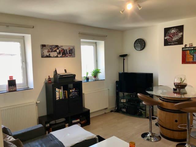 Appartement sympa à ixelles (idéal pour couple)