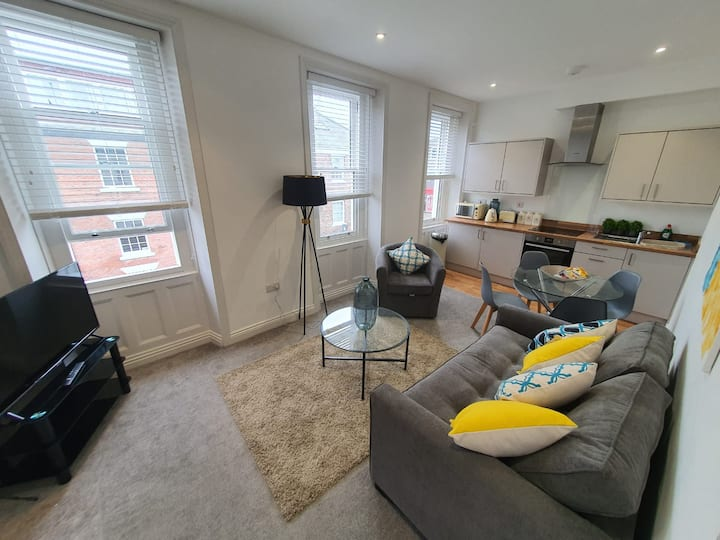 Convient Premium Quiet City Centre Apartment