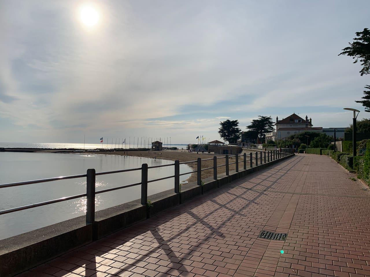 plan d'au et plages  100 mètres à pied