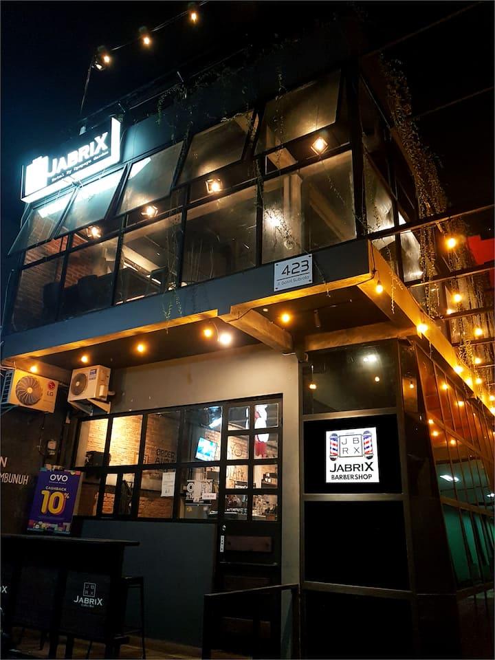 Jabrix Hotel - Hip & Cozy Place At Bandung City