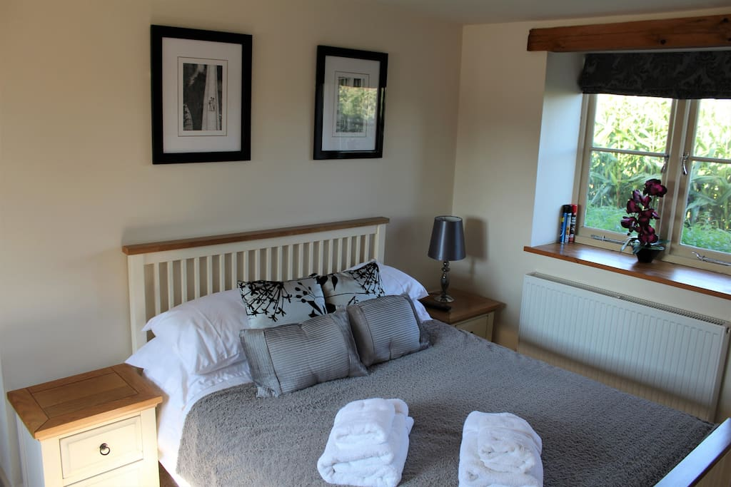 Bedroom Cottage 1