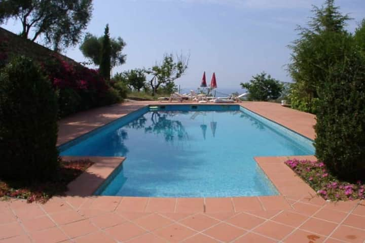 Villa dell Avvocato. Five bedrooms Swimmingpool Three bathrooms Two large terraces