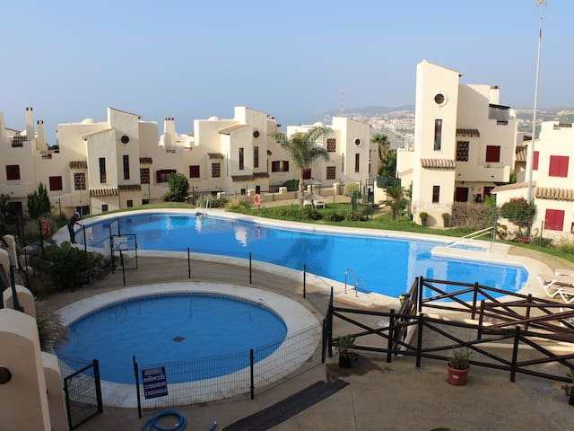 Duplex Penthouse with pool and wifi In Casares