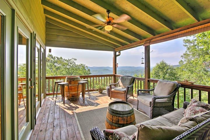 Luxurious Clayton Cabin w/Decks+Stunning Mtn Views