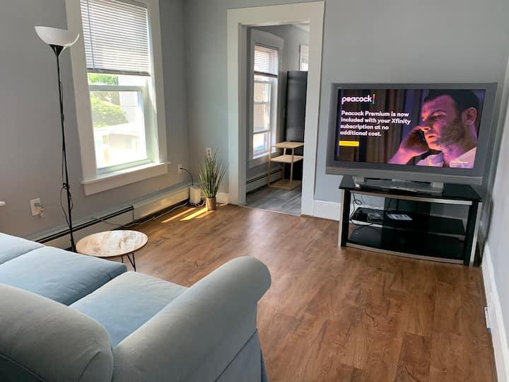 One bedroom apartmentclose to Umass lowell