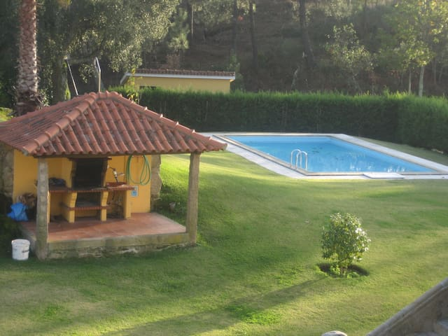 Beautiful property with shared pool and garden - Ponte de Lima - Casa