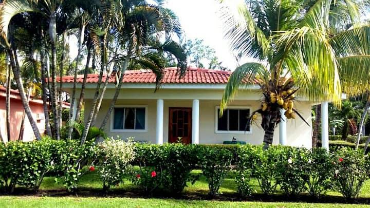 Casa Margarita - Beach Paradise