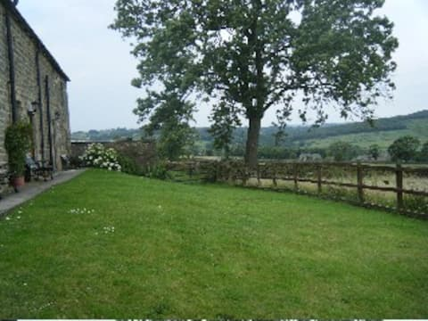 Cosy Nidderdale Cottage (Curlew)