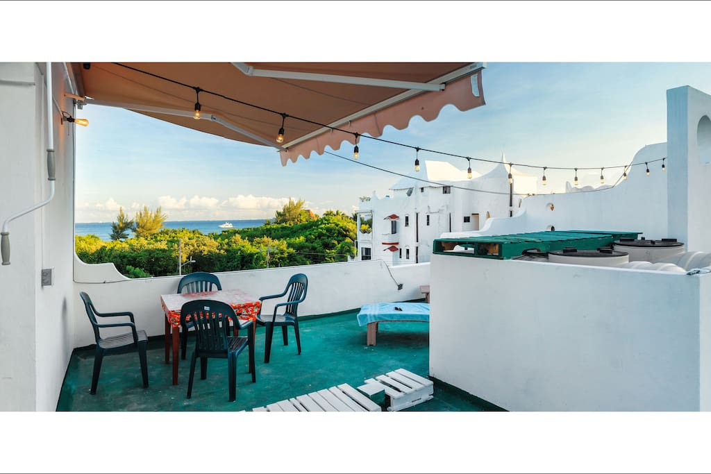 PRIVATE 60sm OCEAN FRONT ROOFTOP TERRACE