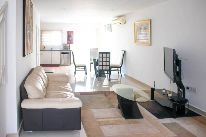 Entire Cozy Fully Furnished 3 bedroom Townhouse