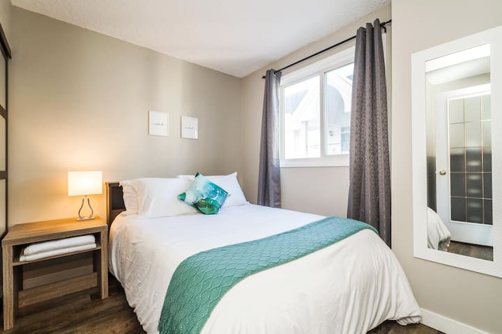 Sleep in with a comfortable and clean double bed! You won't want to get up!