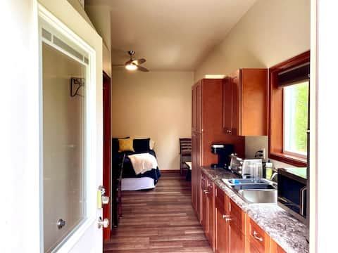 Simple Suite in the Valley