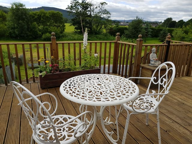 The Garden Studio offers great views of the Dee Valley