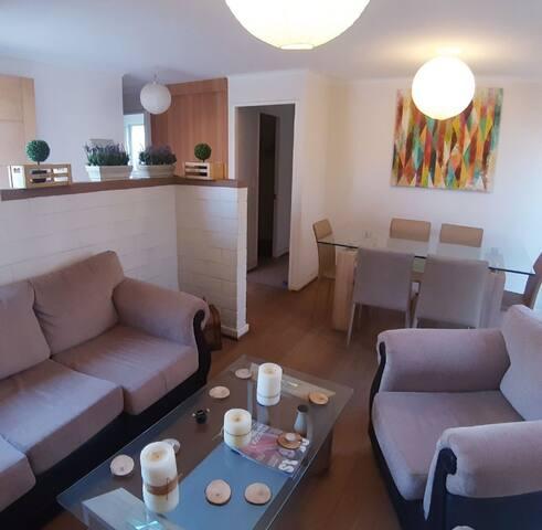 Hermosa y comoda casa sector residencial