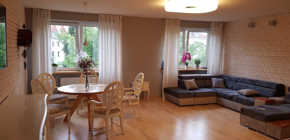 Warszawa Apartament Dwupoziomowy - Zabytkowa Ulica