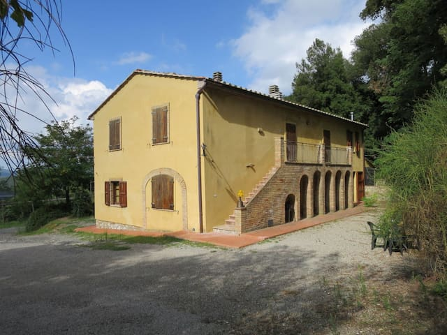 Apartment Villetta di Monterufoli for 4 persons