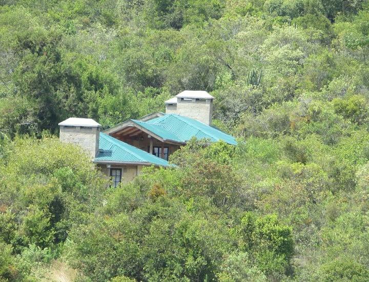 Chui Cottage facing Mt Kenya & near Ngare Ndare