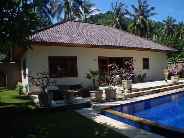 Villa Jana'ah - Nusa Tenggara Barat - Hus
