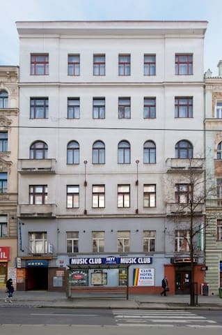 Whole floor in the center of Prague - Praha - Leilighet