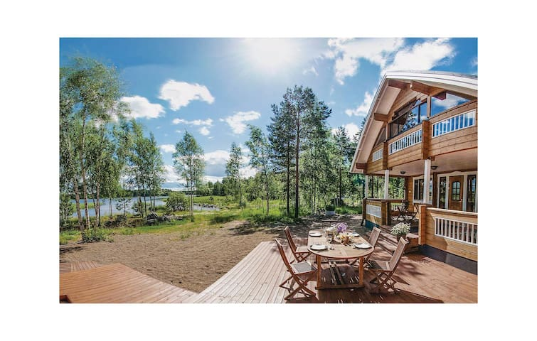 Holiday cottage with 3 bedrooms on 114 m² in Sysmä