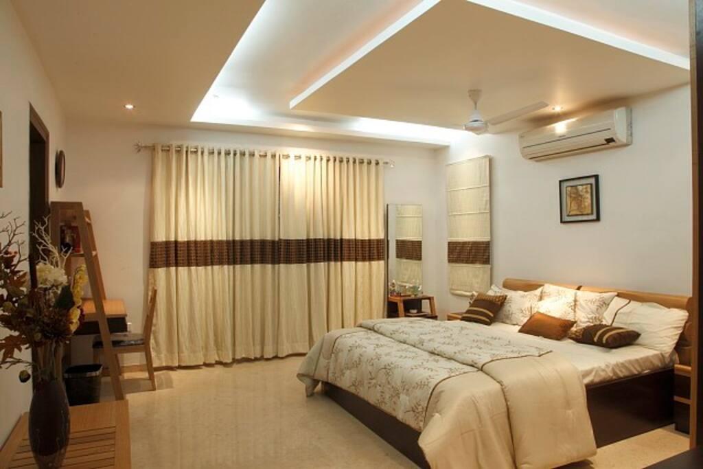 Royal retreat villas for rent in hyderabad telangana for Villa interior design in hyderabad