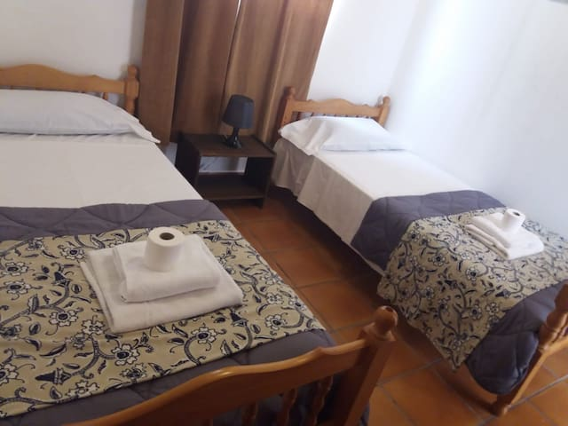 3  POZO IZQUIERDO private room, surf  & wifi free