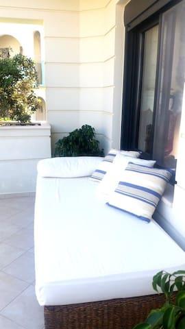 """""""Dimitrios"""" Luxury Apartment"""