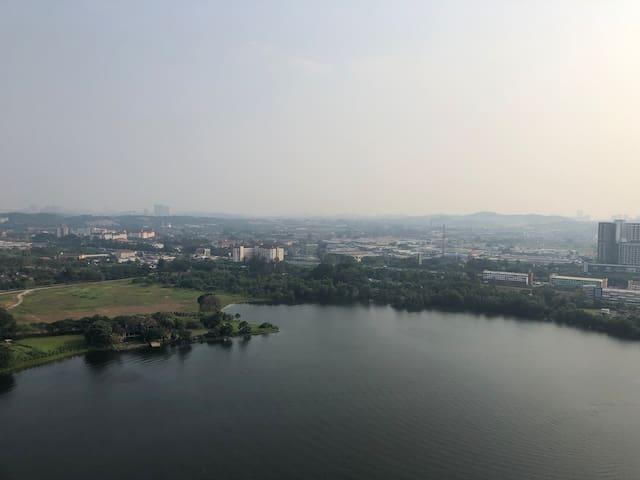 Lake view penthouse near Mines shopping mall