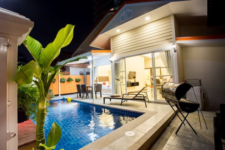Grand Condo Montra Pool Villa 300meter from beach