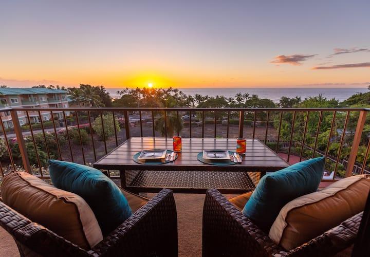 Romantic Sunset Retreat, steps to beach! #local