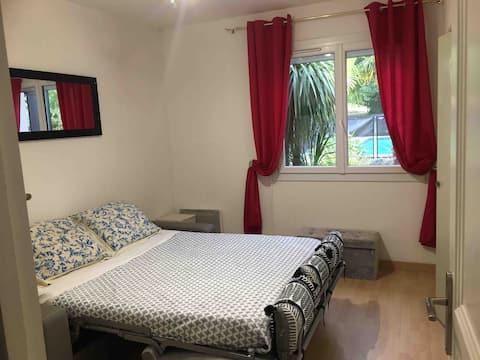 Chambre privée dans villa à Artigues-près-Bordeaux