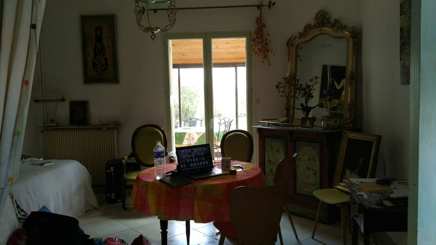 Lovely maison - Digione - Bed & Breakfast