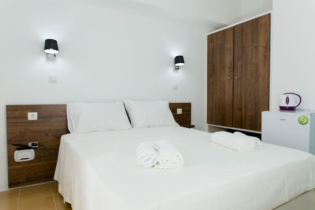 Small Double Room - 12sq metres
