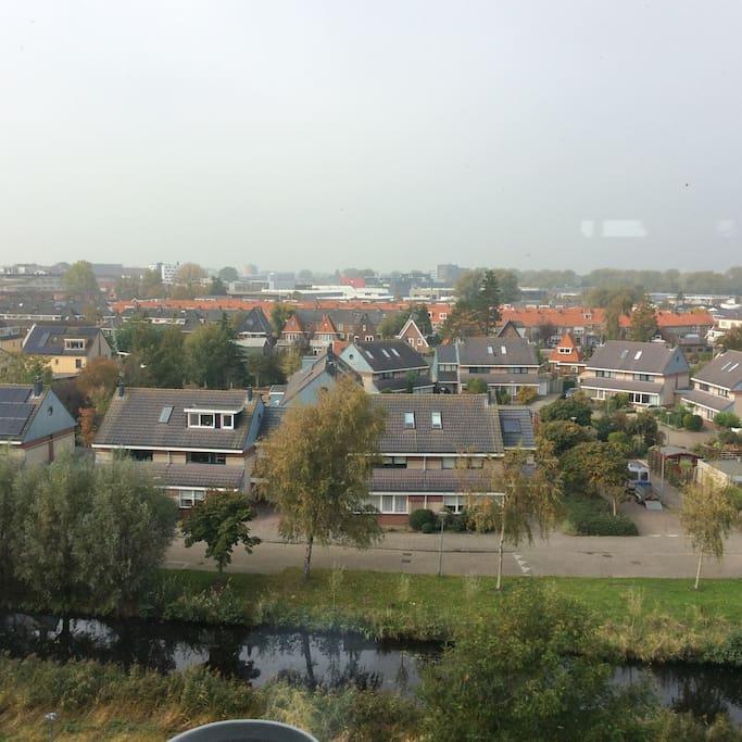 El paisaje que se ve desde el apartamento.