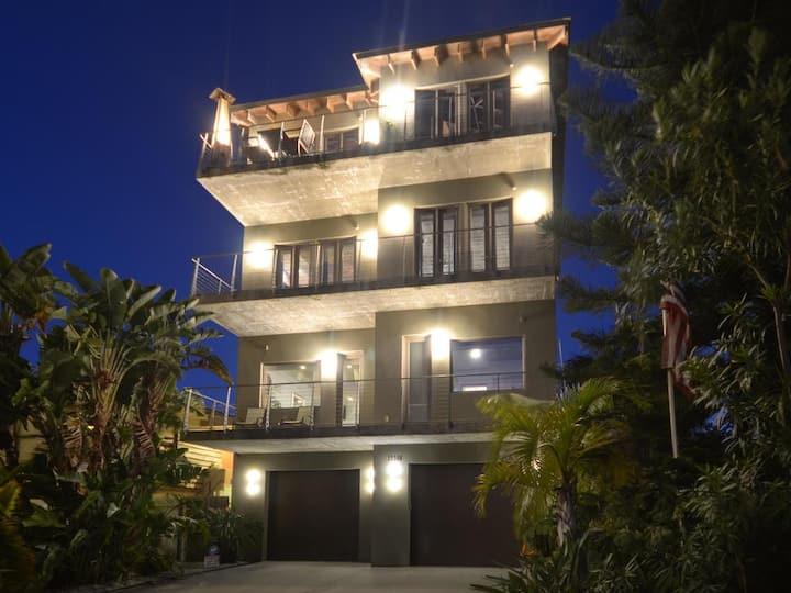 Luxury Living on Madeira Beach
