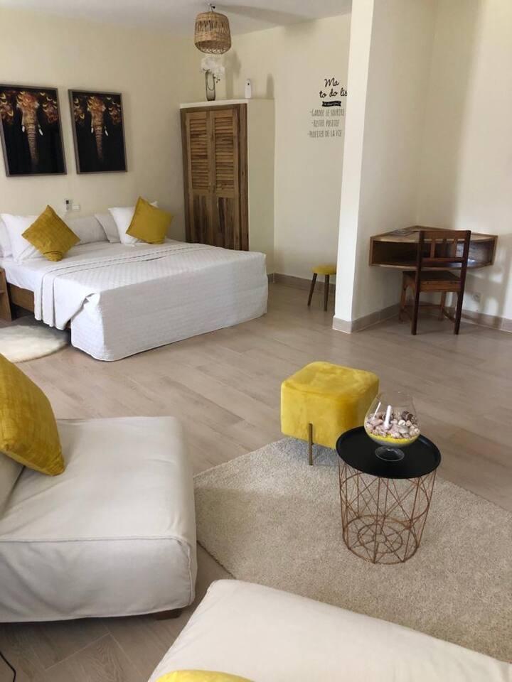 Mini-suite cosy / Terrasse / Piscine / Plage /LODO