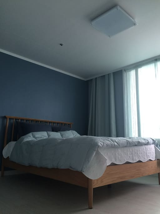 Scandinavian style luxury comfy bed, bed room 1