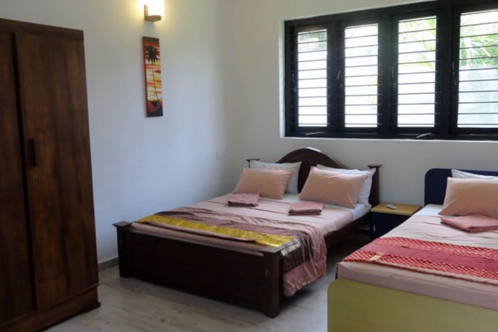 Bedroom 2 Ground Floor Double & Single beds - shared bathroom