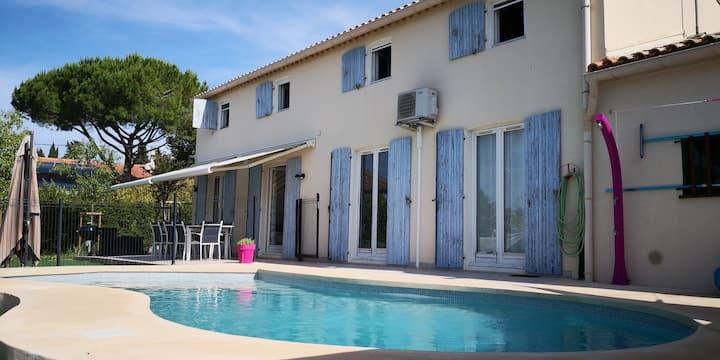 Villa avec piscine - Idéal familles avec enfants