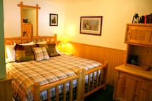 4 cute extra cabin rooms with private bath available for extra fee